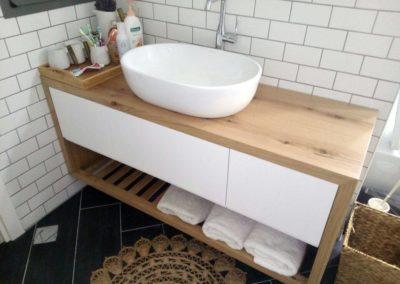 ארון אמבטיה דגם תריס חלק